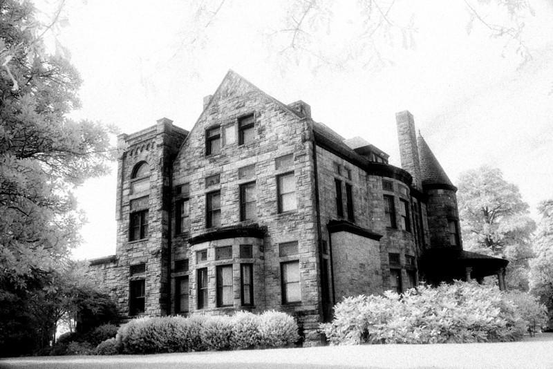 Dooley Mansion, Richmond Virginia (Infrared)