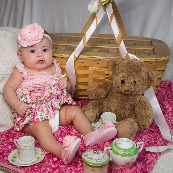 147  Alexia baby photos  April 9, 2016  Photography by Todd F. Wakefield