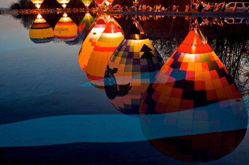 Balloon glow, 2009