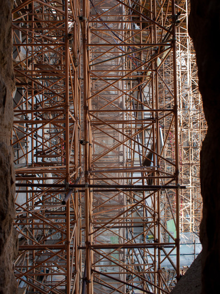 I love scaffolding, this is in my top 5 of pictures I took during the break.