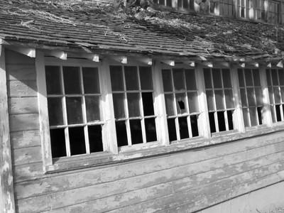 Old farm building, Idaho Falls. 9.08