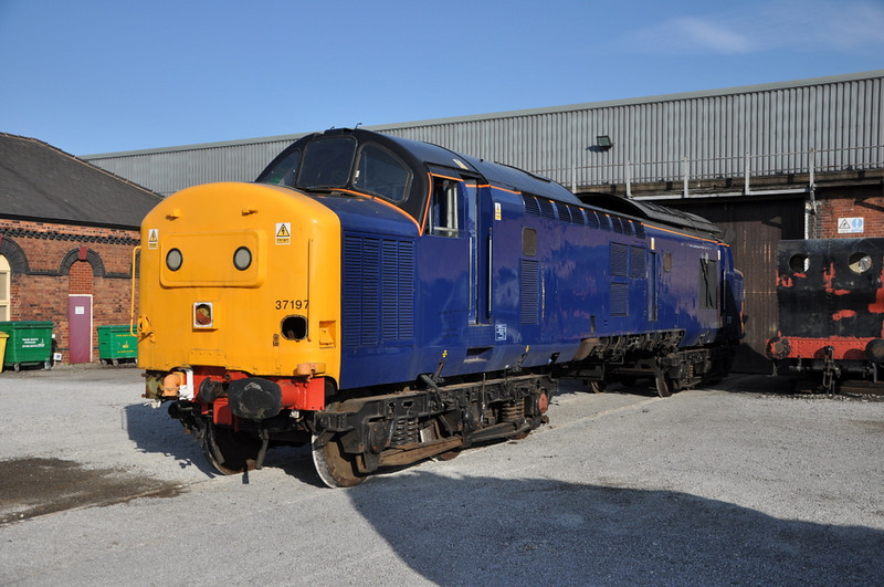 37197, 30/05/12 - the day it was taken to Kingsbury.
