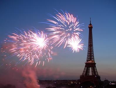 Bastille Day 2006- Paris fireworks