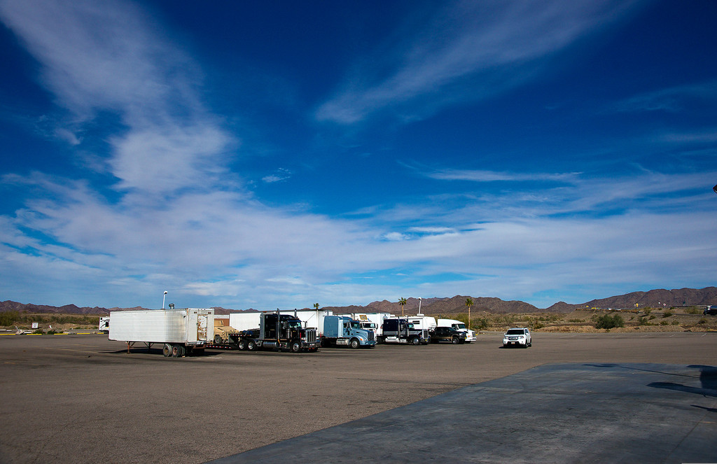 Arizona : last stop before I10. Et de jolis camions.