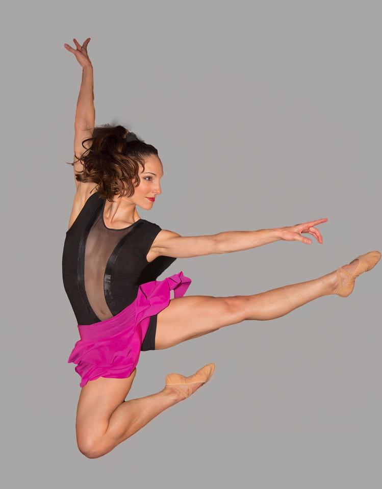 Heidi Kershaw of the Bowen McCauley Dance Company, Oct 23, 2015 at Dance Place in Washington D.C.