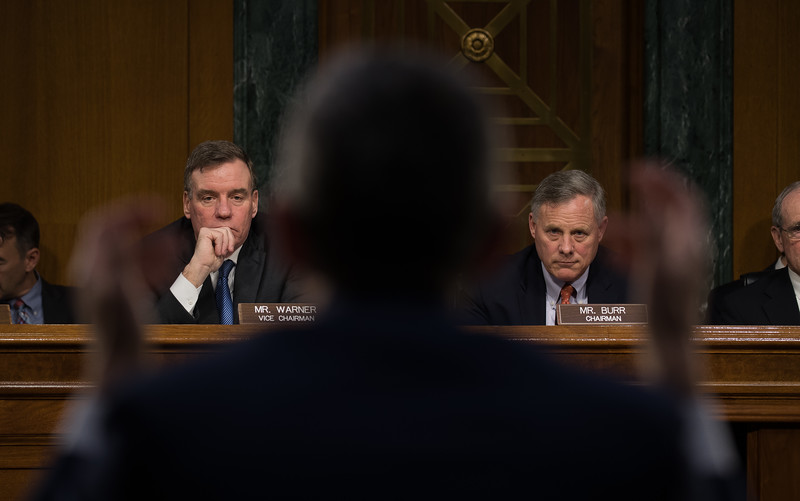 Mark Warner, Richard Burr, Senate Intelligence Committee, Russia