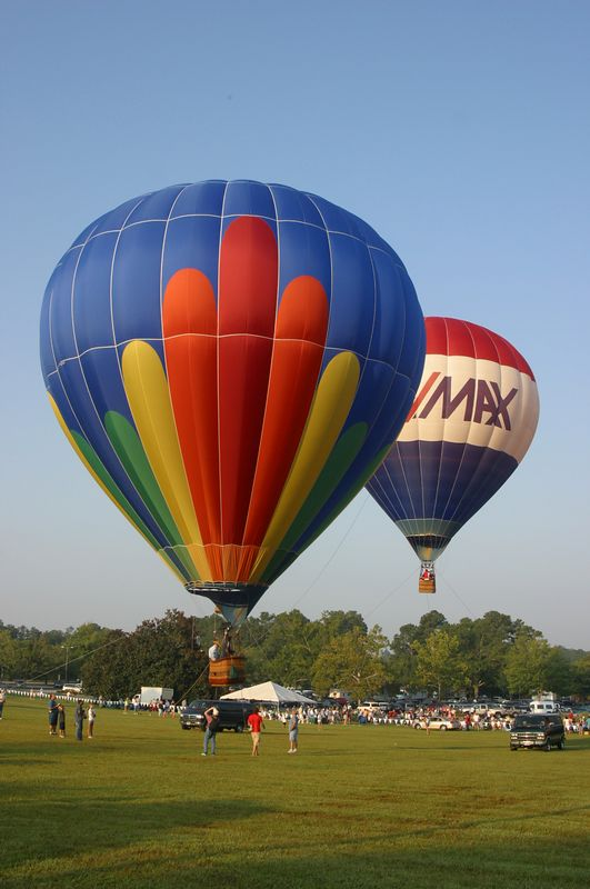Another picture of the balloons at Callaway Gardens on Labor Day weekend, 2005.