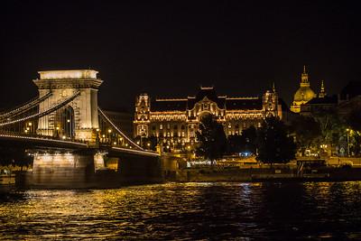 Chain Bridge, Gresham Palace, Budapest, Hungary
