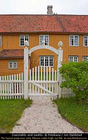 KJERRINGØY GAMLE HANDELSTED - NORDLAND   DSC_6293.NEF