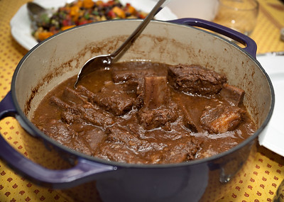 Cheryl has brought red wine braised short ribs, slow cooked in a dutch oven...super tender meaty goodness