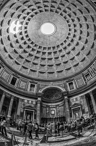 The Pantheon Black and White