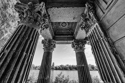 Potsdam Ruins BW