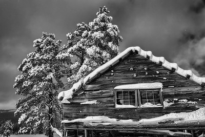 Chimney House Snowy BW
