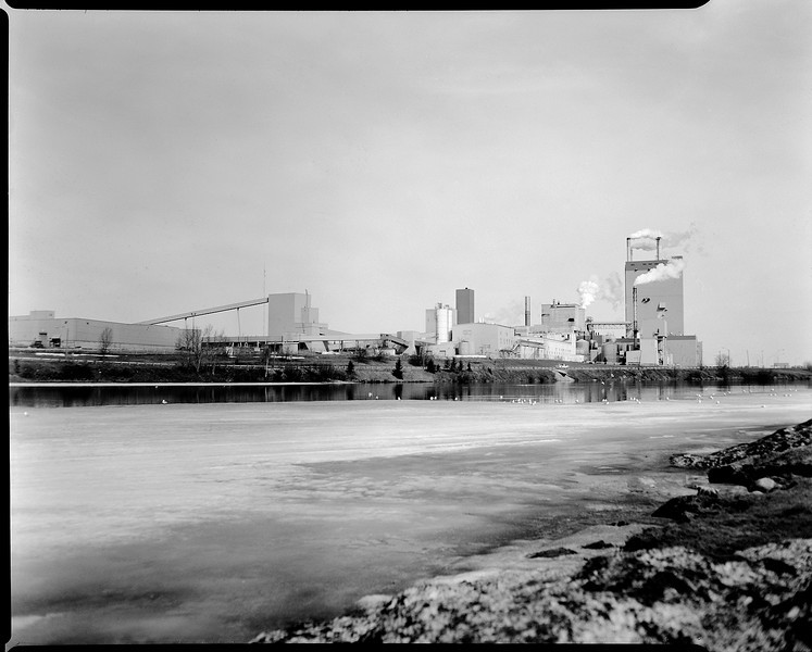 This photo of the local Domtar mill in Dryden Ontario was taken with a Graflex Speed Graphic 4x5 camera (1940-1946) that takes 4x5 inch sheets of film.<br /> <br /> Arista EDU Ultra 100 iso 4x5 inch sheet film tray developed for 11.25 minutes at 19C using Kodak D76 1:1.