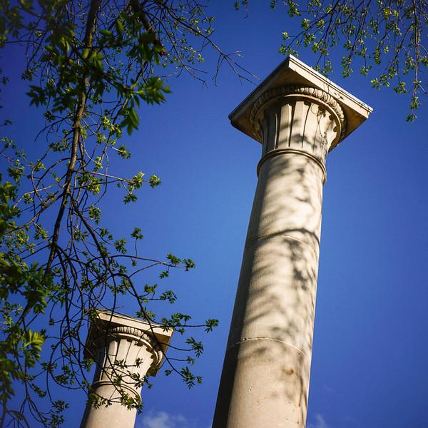 IWU-Weslyan columns01252011_01