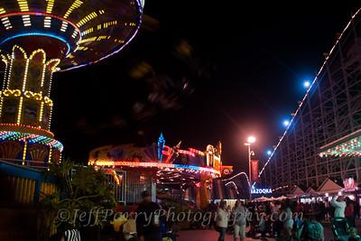 Sea Swings Rock & Roll Giant Dipper night scene-9-9