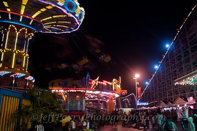 Sea Swings Rock & Roll Giant Dipper night scene-5-5