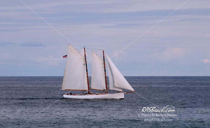 Schooner Sailing the Atlantic_002