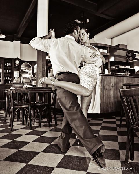 Tango #194