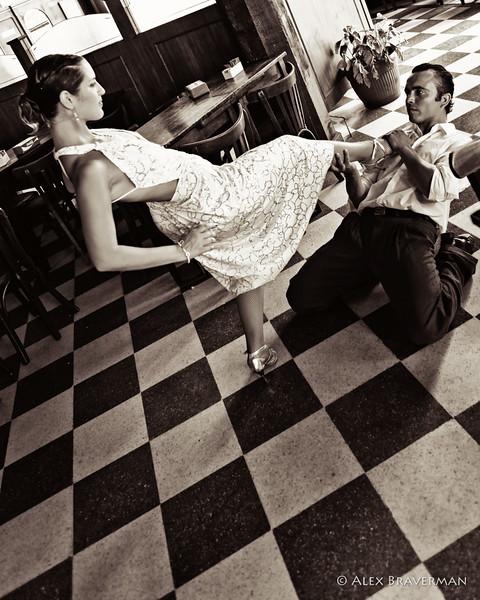 Tango #240