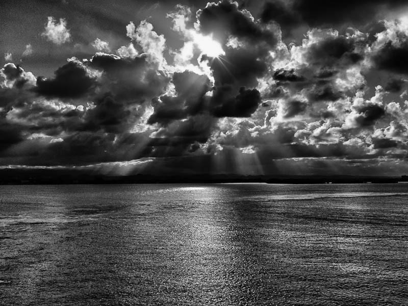 Cloud formation in B&W