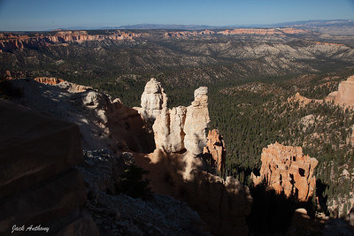 Late afternoon view from Ponderosa Canyon on the rim.