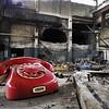 """Le telephone rouge ne sonnera plus !<br /> L' usine de solvents et acide clorhidrique sur la """"Platephorme Policolor"""" sera demoli par implosion deux jours plus tard. Mai 2009."""