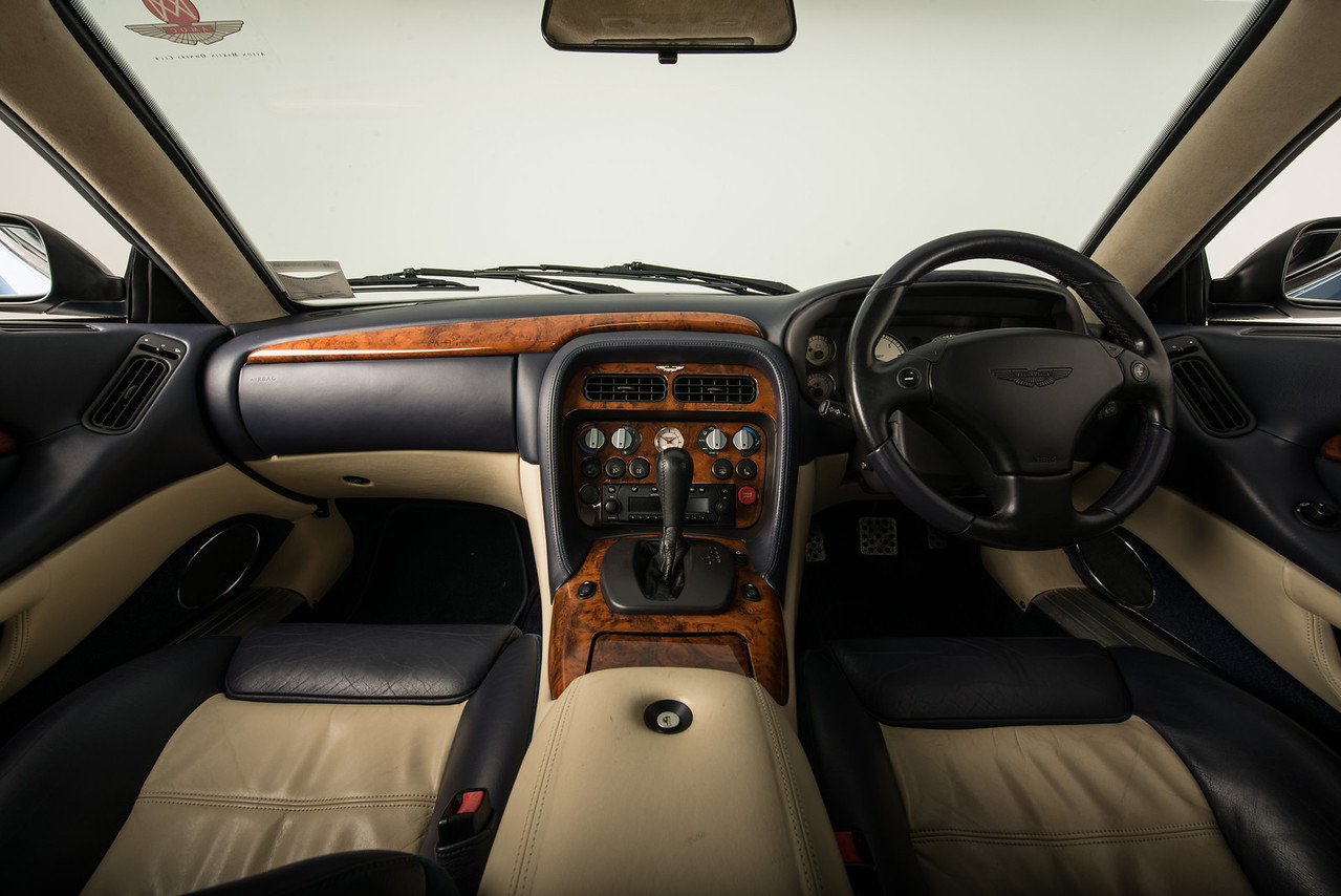 AAM-0004-Aston Martin DB7 GTA-300114-0494