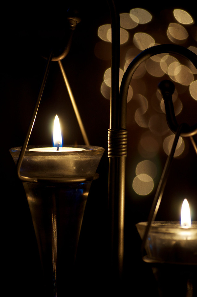 Tea lights in glass and metal holder - Shots from me beanbag
