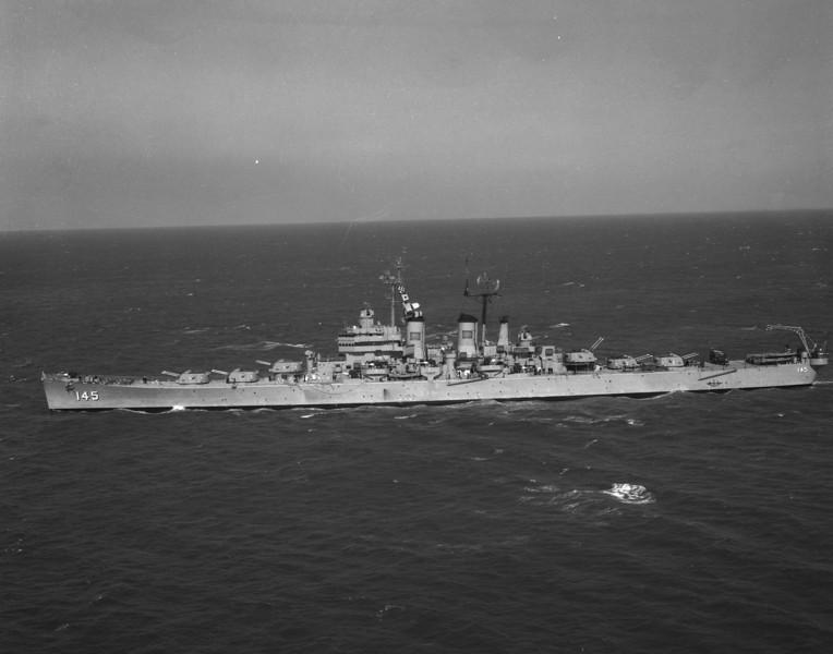 USS Roanoke (CL-145)<br /> <br /> Date: November 24 1954 (?)<br /> Location: Newport RI<br /> Source: Nobe Smith - Atlantic Fleet Sales