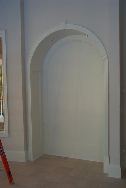 Paneled niche