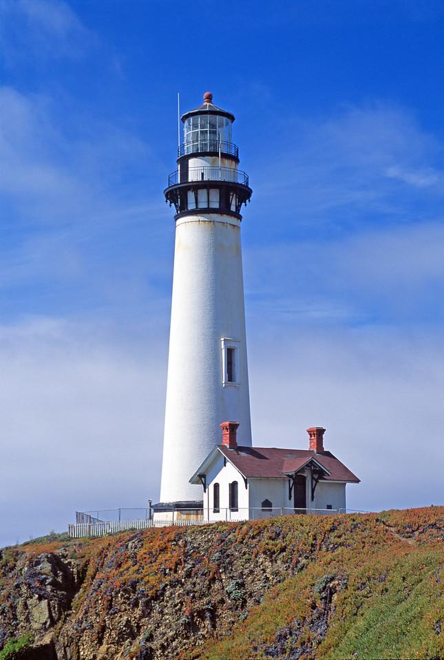 Lighthouse California Coast. 燈塔 加州海岸