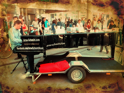 Awesome - the traveling piano player (www.facebook.com/arneschmittmusic)