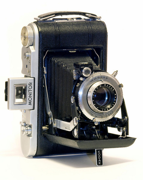 Kodak Monitor folding 120 roll film camera, manufactured by Eastman Kodak from 1939 to 1948.