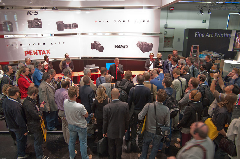 """Pentax Germany presenting K-5 to international press"" © Falk Lumo 2010 --"