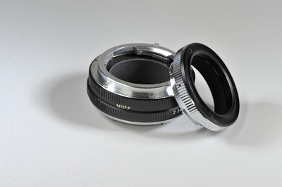 leica 14127F adapter-M-R. Includes adapter to LTM