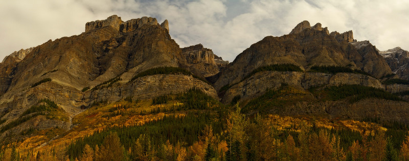 High cliffs along the Icefield Parkway in the Canadian Rockies.<br /> Photo © Carl Clark