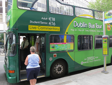Hop-On-Hop-Off bus in Dublin