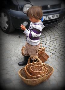 basket seller's child