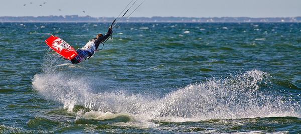 Kite Surfing in Cape Cod Bay