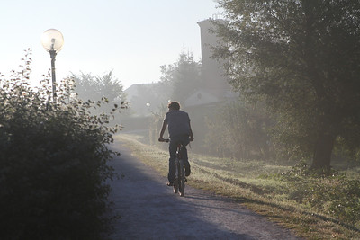 A bicycle and pedesterian only pathway along the Drava River