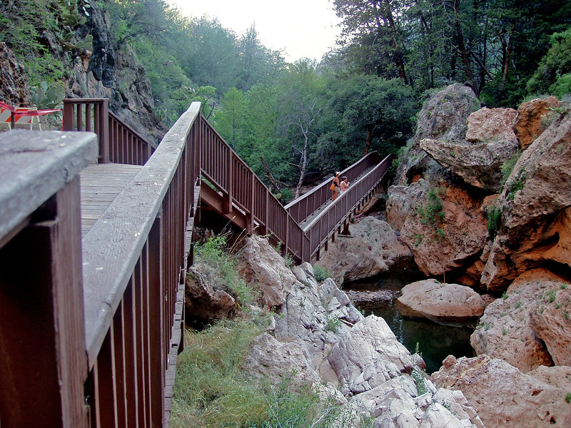 AZ-Tonto Natural Bridge-2005-05-22-0001