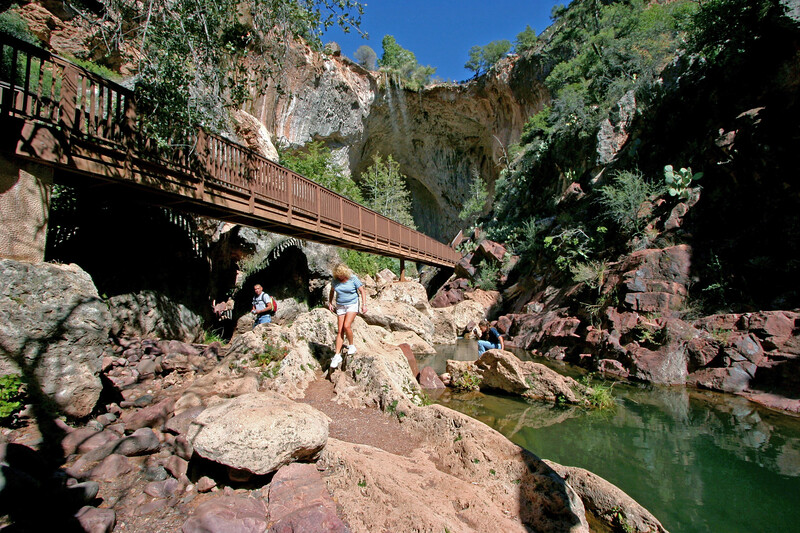 AZ-Tonto Natural Bridge-2005-10-23-0003