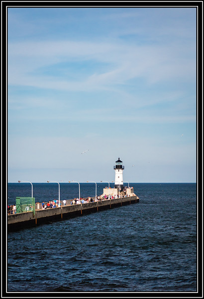 Duluth North Pier Light