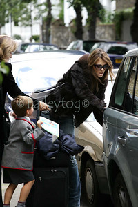Liz Hurley returning with her son l, 4 October 2006 London