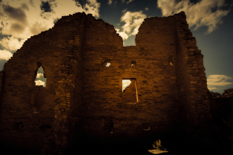 Chaco ruins.<br /> Photo © Cindy Clark