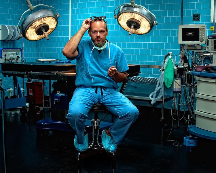 "ghinson - a surgeon's self-portrait (<a href=""http://dgrin.smugmug.com/Dgrin-Challenges/Dgrin-Sharp-Shooters-Entries/DSS-30-Environmental-Portrait/9054314_hzW8C"">DSS Round #30: Environmental Portrait</a>)"
