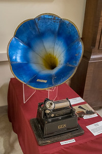 Early Phonograph - Jefferson County Museum