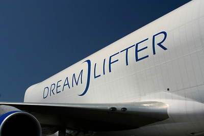Boeing Dream lifter awesome plane!!