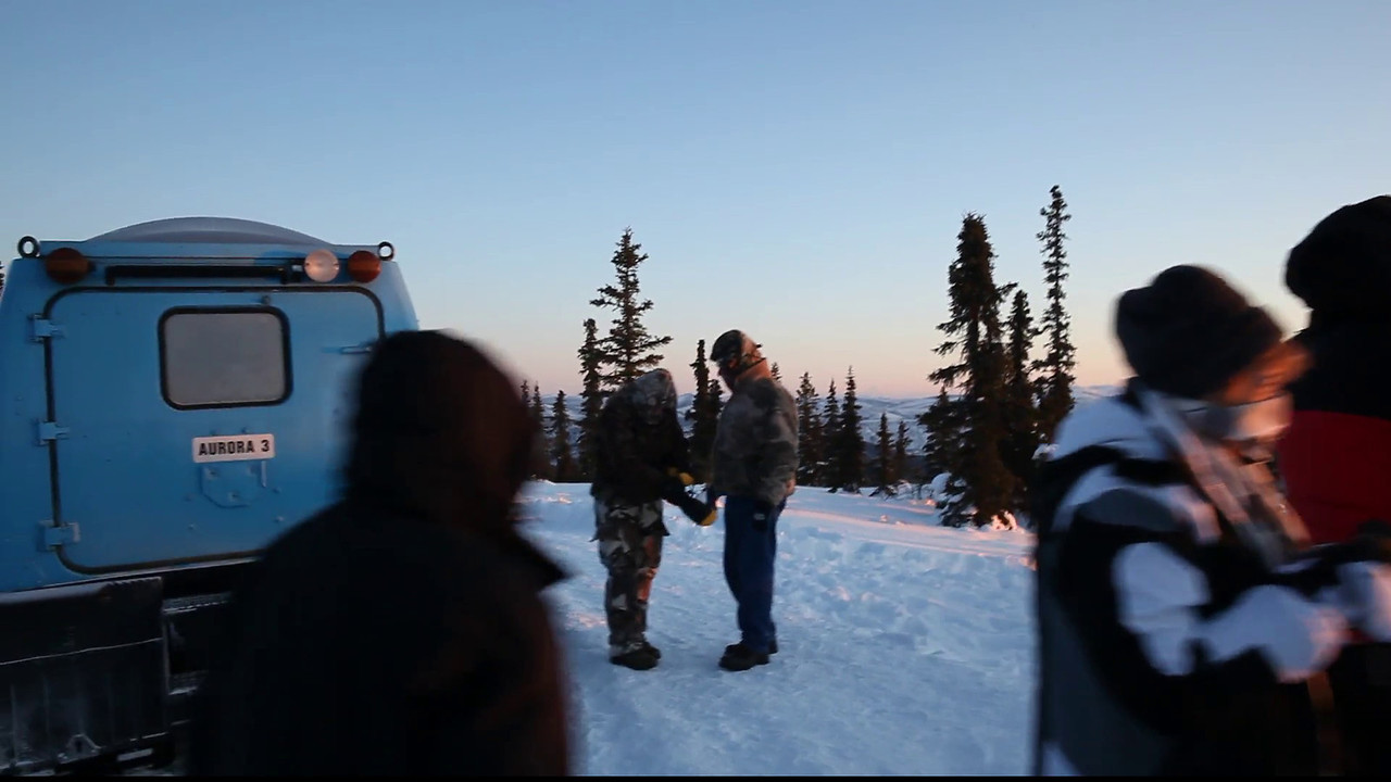 Video showing the gathering of the Northern Lights Tour at sunset near Chena Hot Springs on March 22, 2012.<br /> <br /> Canon EOS 5D Mark II with Zeiss Distagon 25mm f/2.0 ZE lens